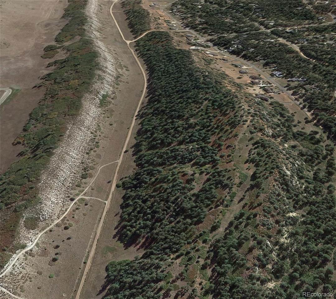 4640 Comanche Drive - Photo 1