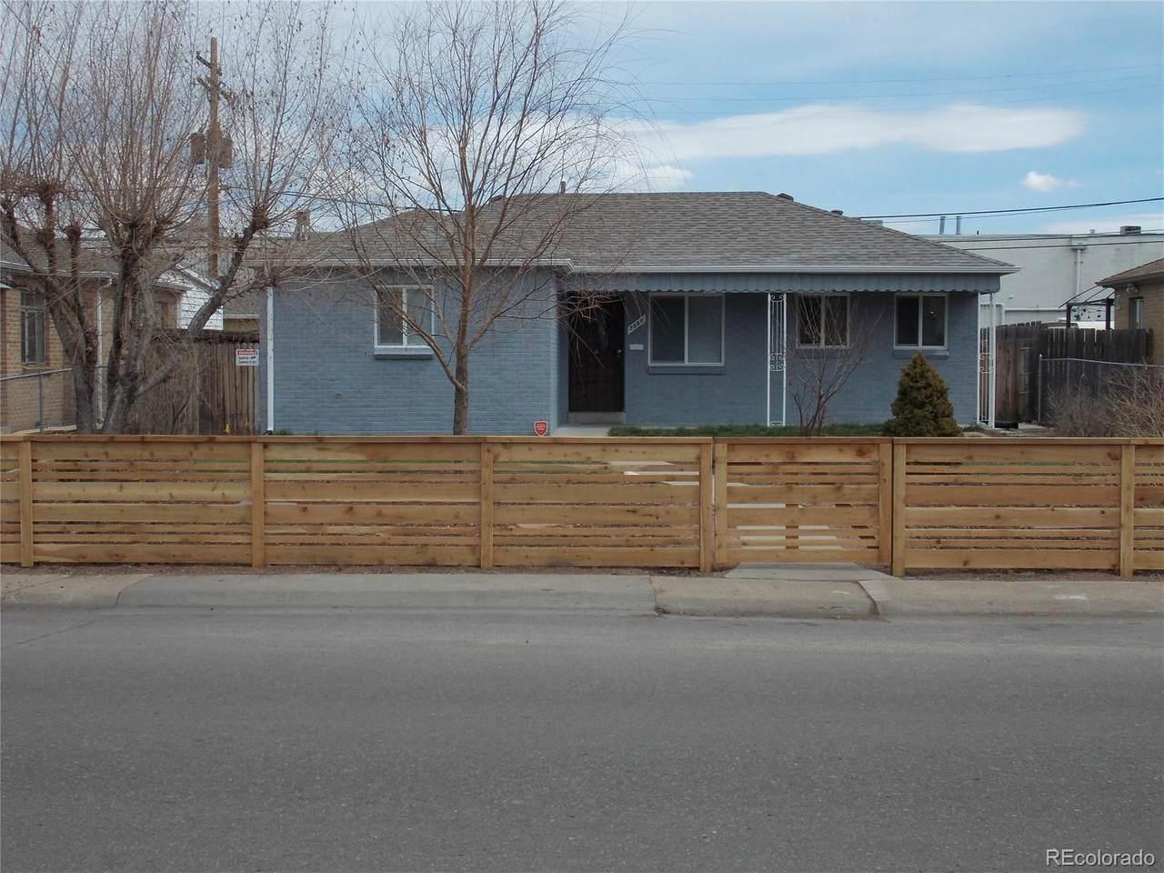 2060 Ames Street - Photo 1