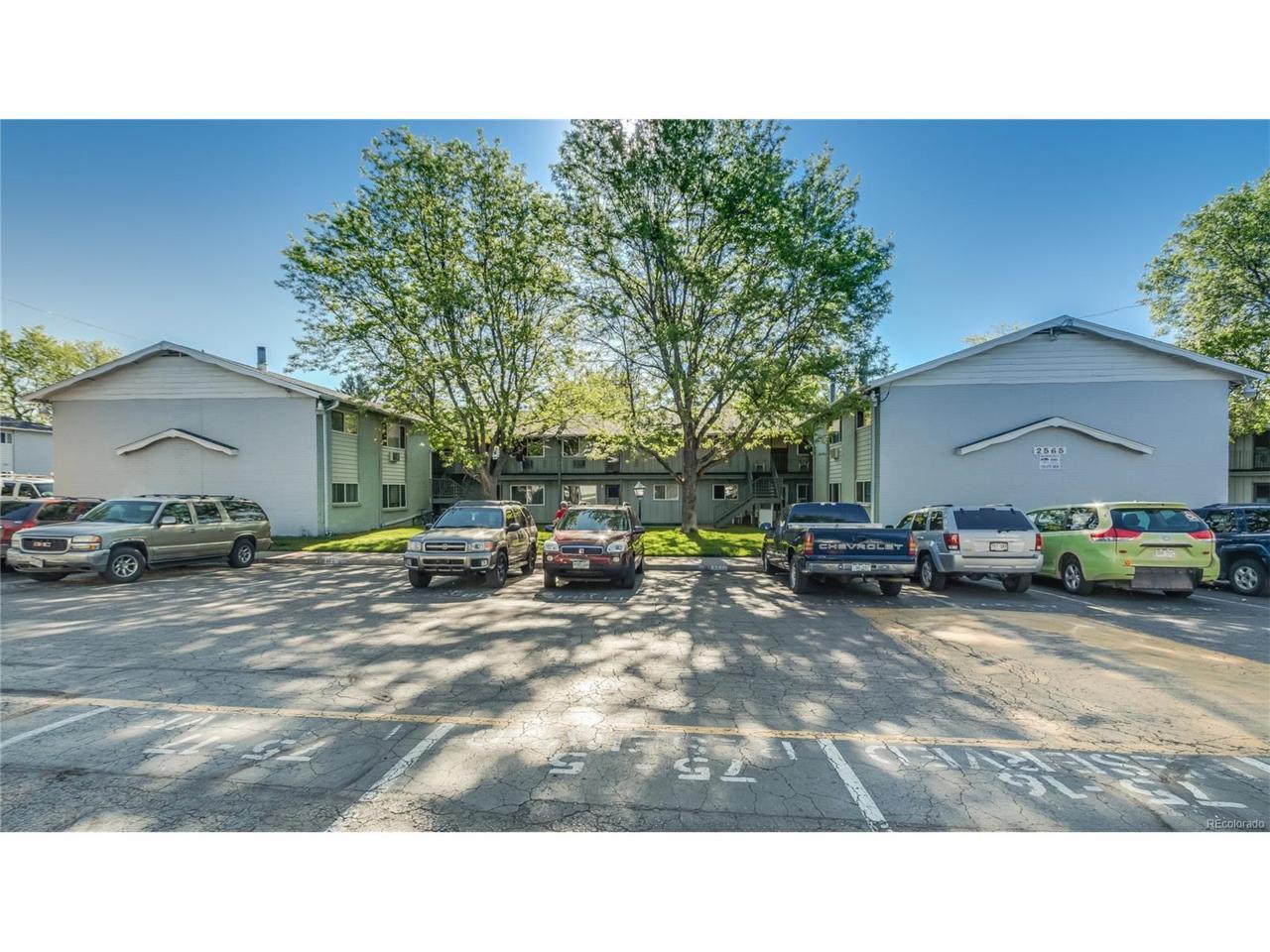 2565 S Sheridan Boulevard #14, Lakewood, CO 80227 (MLS #4850469) :: 8z Real Estate