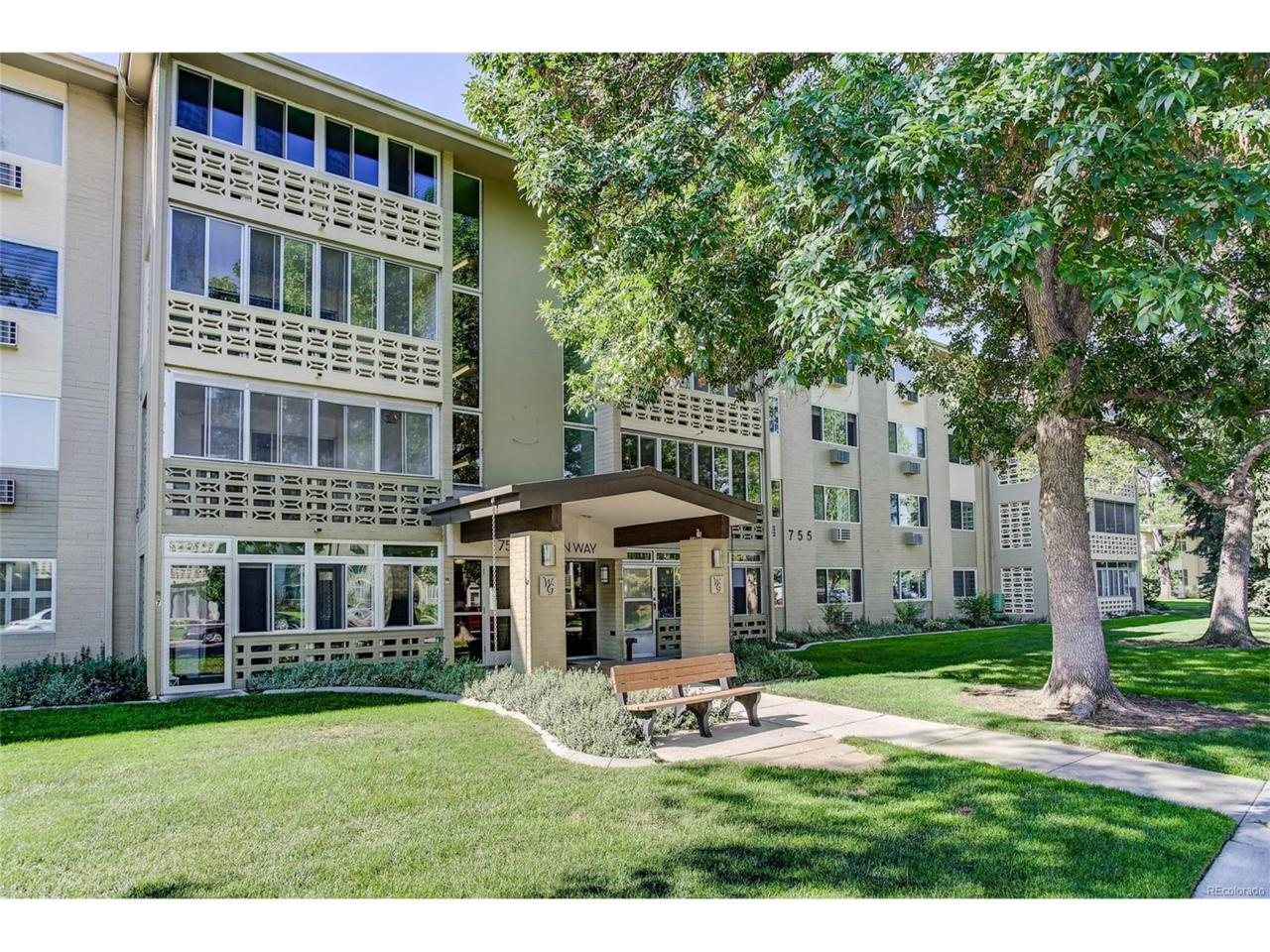 755 S Alton Way 12D, Denver, CO 80247 (MLS #5782118) :: 8z Real Estate