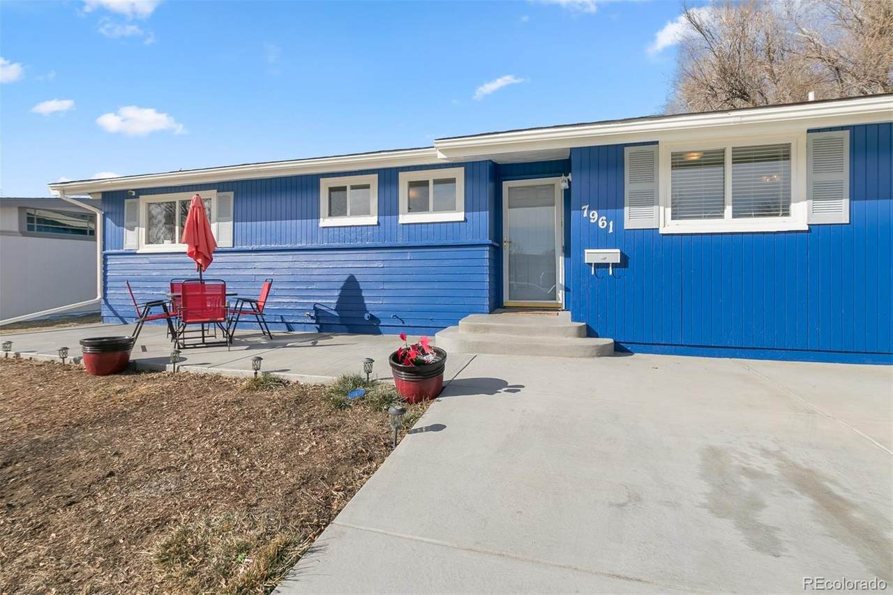 7961 Valley View Drive - Photo 1