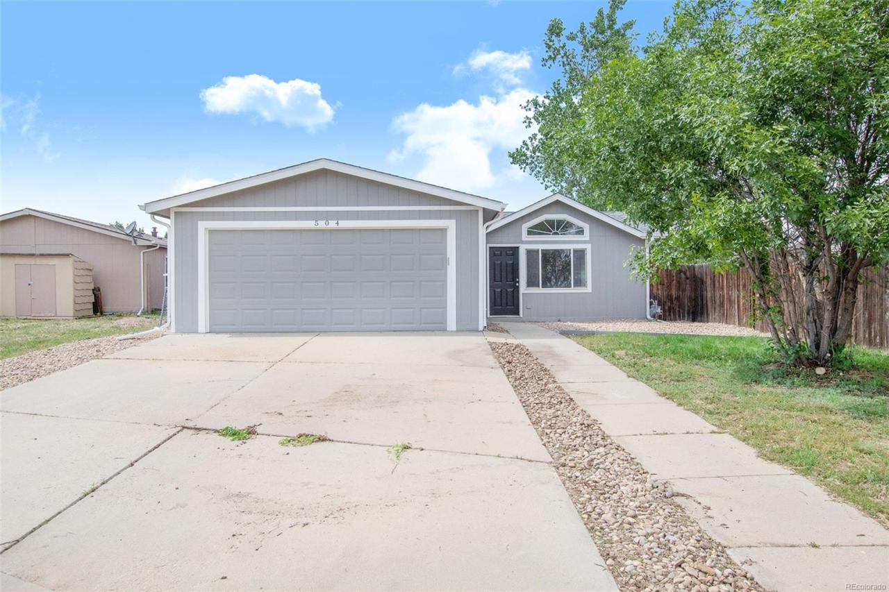 504 Frontier Place - Photo 1