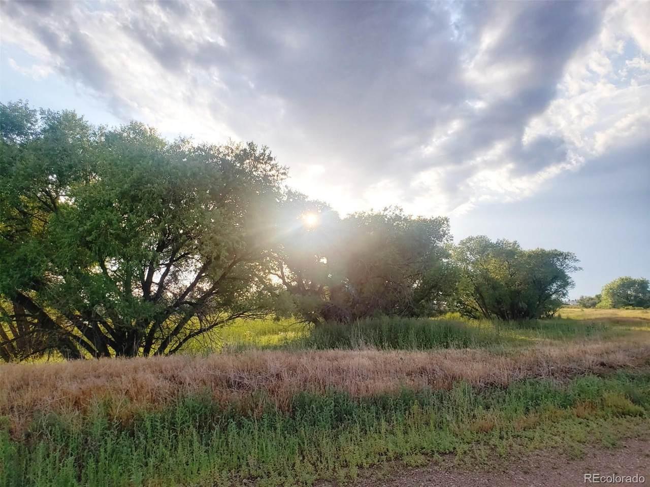 4606 County Road 68 - Photo 1