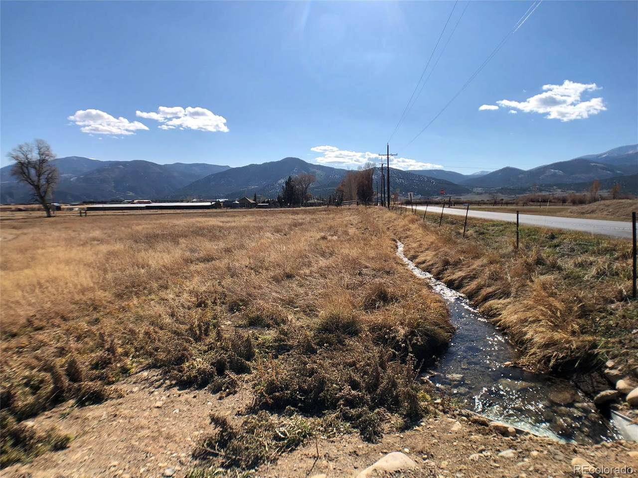 8106 County Road 250 - Photo 1