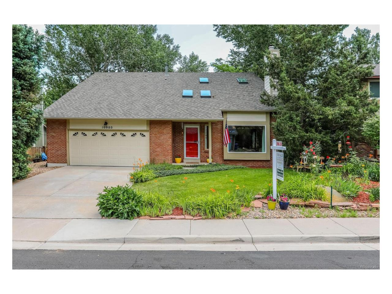 10980 E Maplewood Drive, Englewood, CO 80111 (MLS #7604266) :: 8z Real Estate