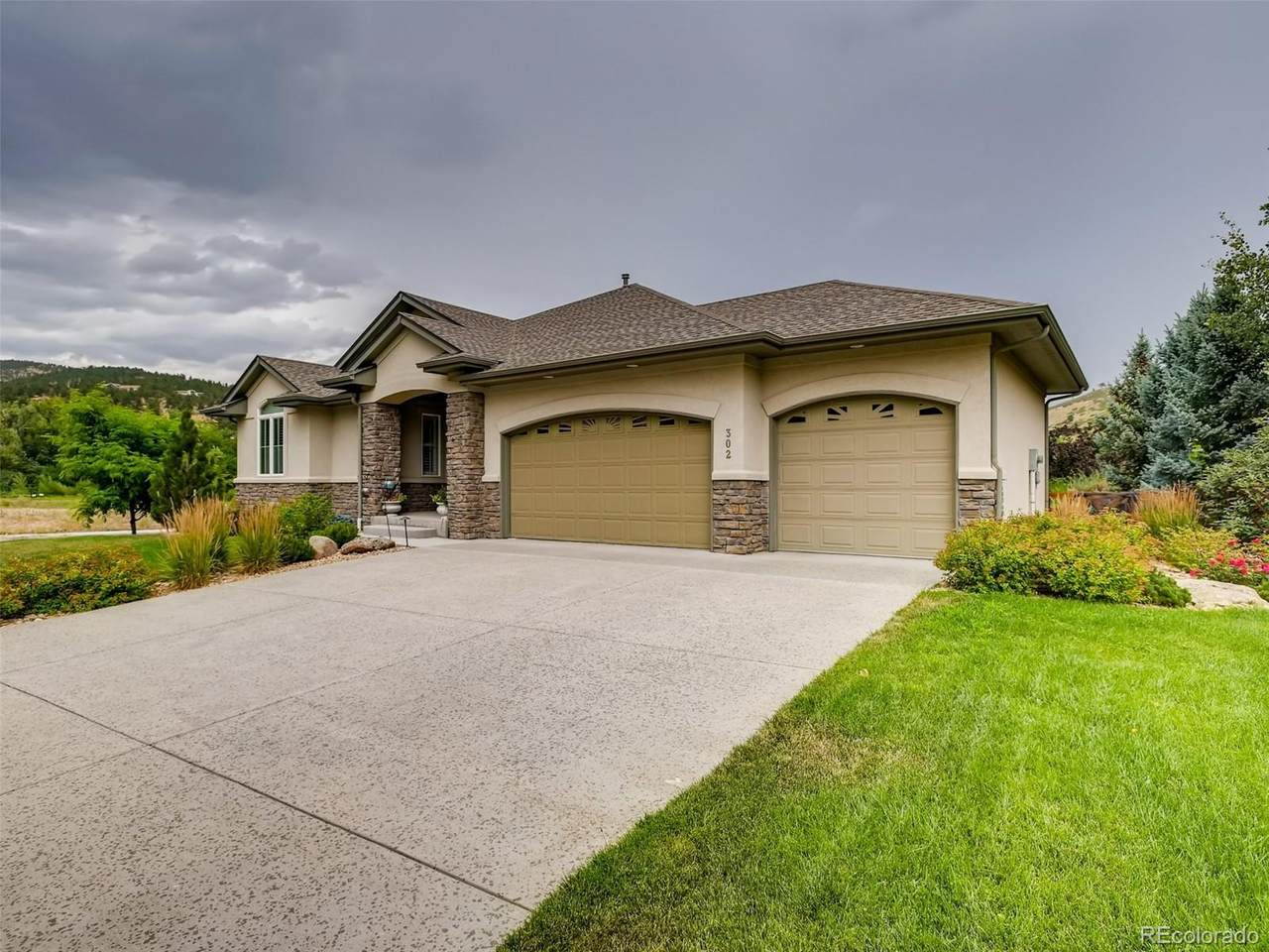 302 Mcconnell Drive - Photo 1