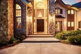 5787 Amber Ridge Drive - Photo 2
