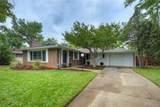 2390 Glenwood Drive - Photo 2