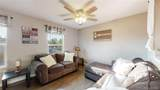 8561 Willows Place - Photo 4