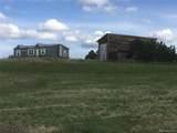3038 Comanche Drive - Photo 2
