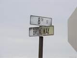706 Broadway Ave - Photo 38