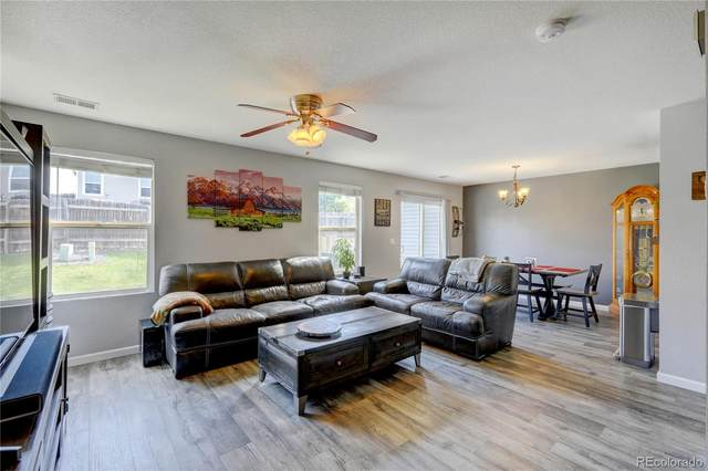 5425 S Picadilly Court, Aurora, CO 80015 (#1576717) :: Bring Home Denver with Keller Williams Downtown Realty LLC