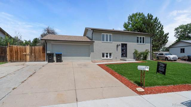6125 W 78th Place, Arvada, CO 80003 (#1609721) :: The Griffith Home Team