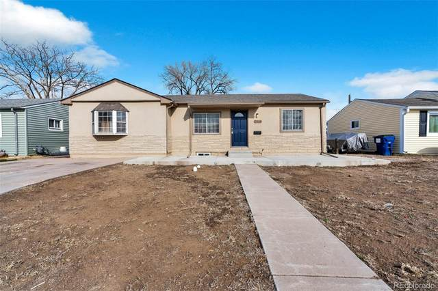 7910 Newport, Commerce City, CO 80022 (#1610359) :: The HomeSmiths Team - Keller Williams