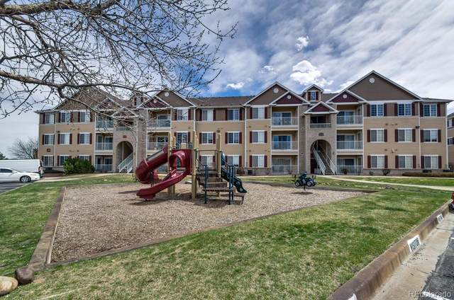 15700 E Jamison Drive #301, Englewood, CO 80112 (#1631379) :: You 1st Realty