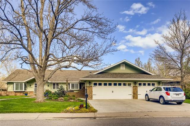 7214 S Chase Way, Littleton, CO 80128 (#1643647) :: My Home Team