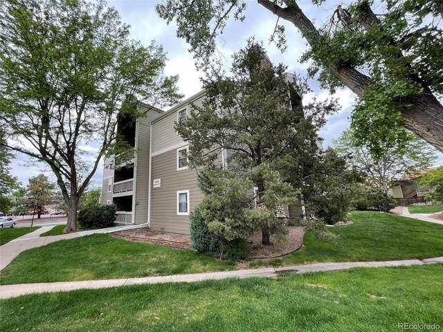 4896 S Dudley Street 4-8, Littleton, CO 80123 (#1652197) :: iHomes Colorado