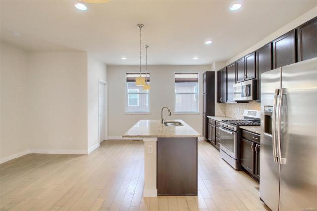 656 E Hinsdale Avenue, Littleton, CO 80122 (MLS #1690874) :: 8z Real Estate