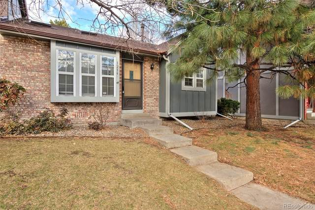 1259 S Flower Circle F, Lakewood, CO 80232 (#1700652) :: Sultan Newman Group