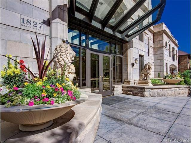 1827 N Grant Street #200, Denver, CO 80203 (#1710212) :: Sellstate Realty Pros