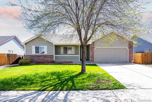 2045 Parkwood Drive, Johnstown, CO 80534 (#1753519) :: The DeGrood Team