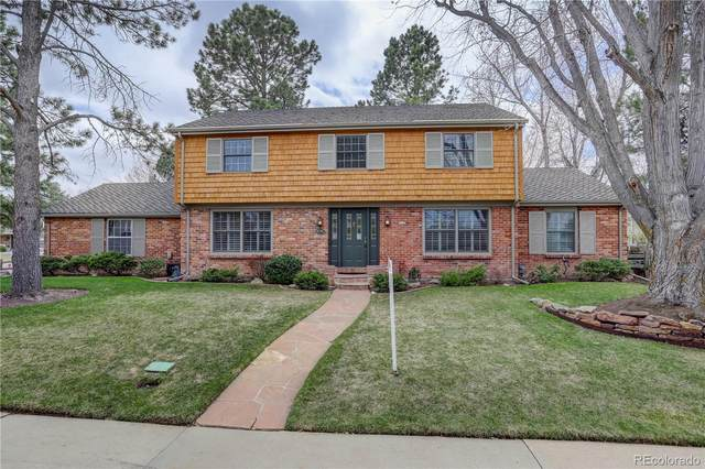 8210 E Geddes Avenue, Centennial, CO 80112 (#1893638) :: The Healey Group