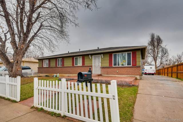 5561 Blackhawk Way, Denver, CO 80239 (#1897716) :: HomeSmart
