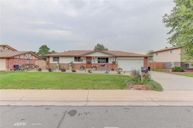 9301 W Louisiana Avenue, Lakewood, CO 80232 (#1940777) :: The Griffith Home Team