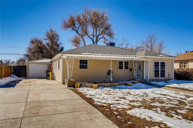 909 Uvalda Street, Aurora, CO 80011 (#1958408) :: iHomes Colorado