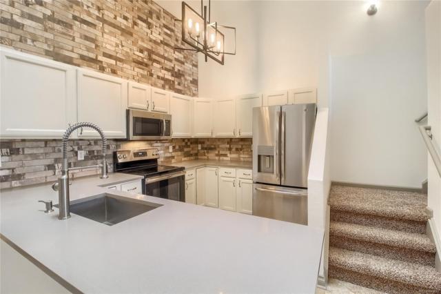 2824 W Centennial Drive H, Littleton, CO 80123 (MLS #1963905) :: 8z Real Estate