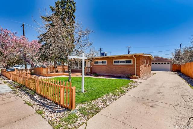 490 Yukon Street, Lakewood, CO 80226 (#1975775) :: The Gilbert Group