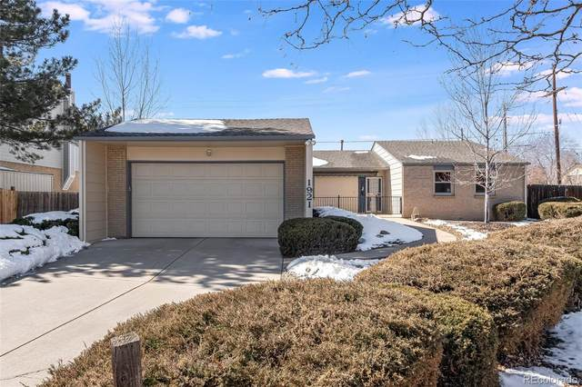 1921 S Hoyt Way, Lakewood, CO 80227 (#2008729) :: iHomes Colorado