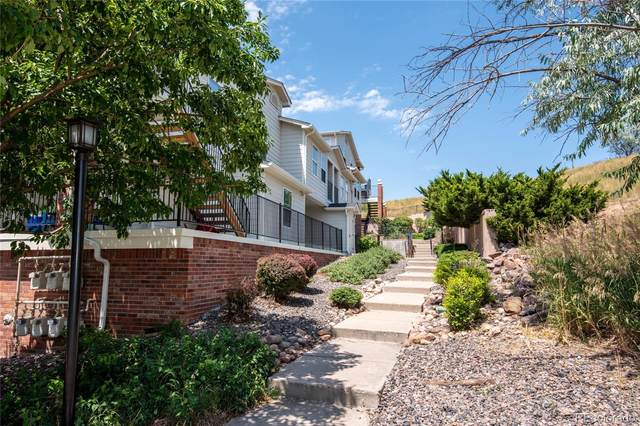 1629 S Deframe Street B4, Lakewood, CO 80228 (#2050302) :: Venterra Real Estate LLC