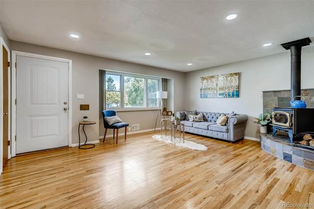 6425 Newland Street, Arvada, CO 80003 (#2085206) :: Peak Properties Group