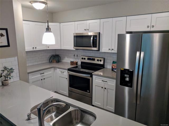 14652 E 2nd Avenue 201D, Aurora, CO 80011 (#2103370) :: The Griffith Home Team