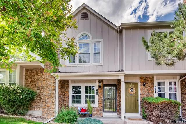 9699 W Chatfield Avenue B, Littleton, CO 80128 (#2104247) :: The HomeSmiths Team - Keller Williams