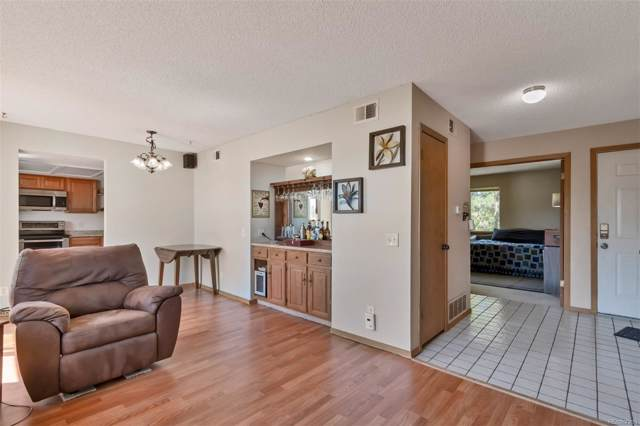 19113 E Wyoming Drive #201, Aurora, CO 80017 (#2246425) :: 5281 Exclusive Homes Realty