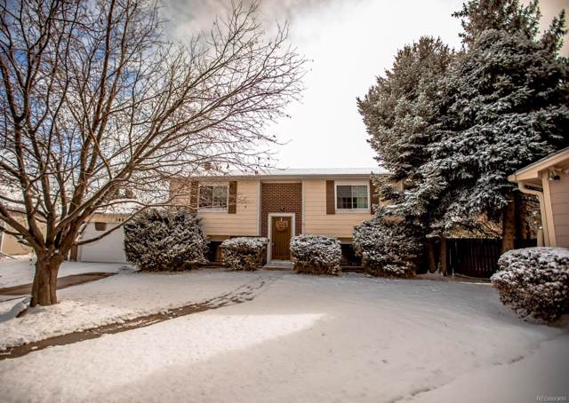 18032 E Loyola Place, Aurora, CO 80013 (#2411421) :: HomeSmart Realty Group