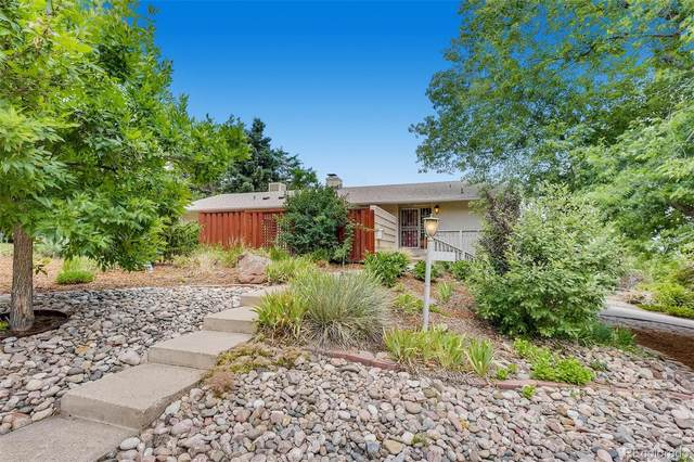 13607 W Mississippi Court, Lakewood, CO 80228 (#2427909) :: The HomeSmiths Team - Keller Williams