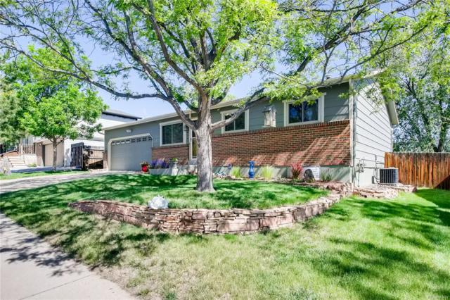 9541 W Lake Avenue, Littleton, CO 80123 (#2556522) :: The HomeSmiths Team - Keller Williams