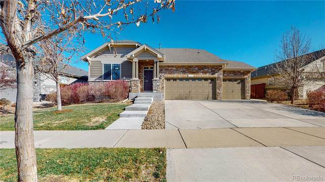 452 N Jackson Gap Way, Aurora, CO 80018 (#2613408) :: The DeGrood Team