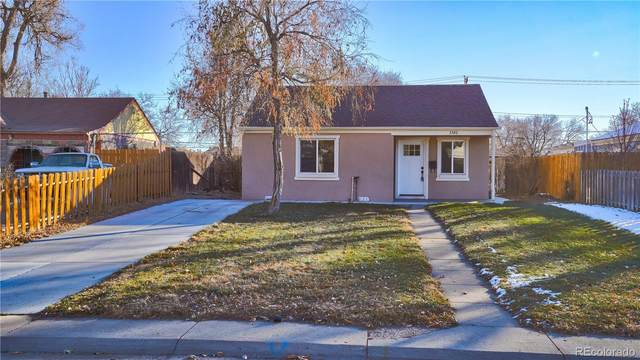 3320 Dexter Street, Denver, CO 80207 (#2634421) :: Berkshire Hathaway HomeServices Innovative Real Estate
