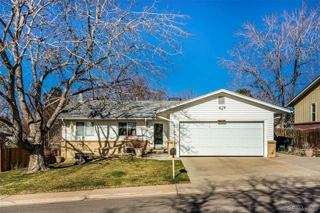 4000 S Vincennes Court, Denver, CO 80237 (MLS #2637056) :: Wheelhouse Realty