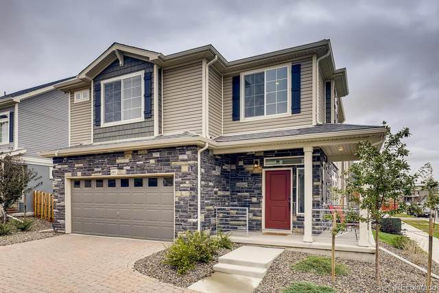 241 S Oak Hill Street, Aurora, CO 80018 (#2660963) :: The DeGrood Team