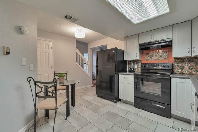 980 S Dawson Way #15, Aurora, CO 80012 (#2663843) :: The Heyl Group at Keller Williams