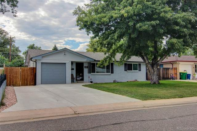 1553 S Benton Street, Lakewood, CO 80232 (#2672878) :: The Griffith Home Team