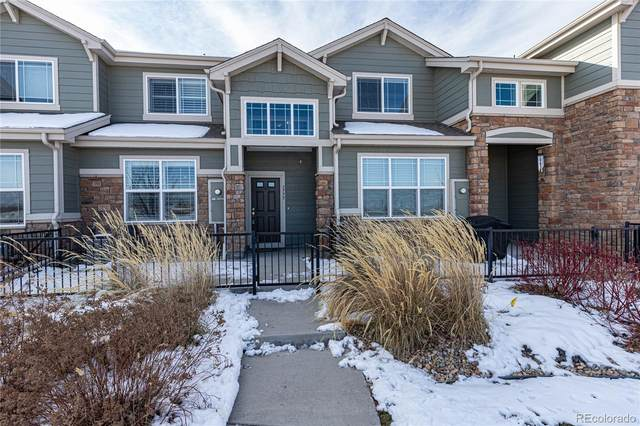 1775 S Buchanan Circle, Aurora, CO 80018 (#2673479) :: The Dixon Group