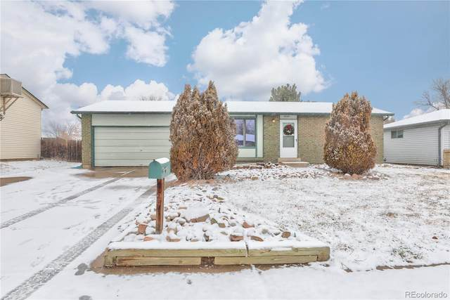 16125 E Bates Drive, Aurora, CO 80013 (#2696583) :: Stephanie Fryncko | Keller Williams Integrity