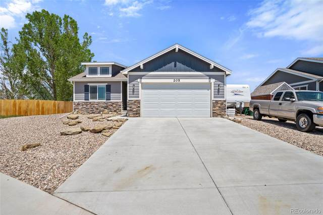 205 Linden Oaks Drive, Ault, CO 80610 (#2714698) :: The DeGrood Team