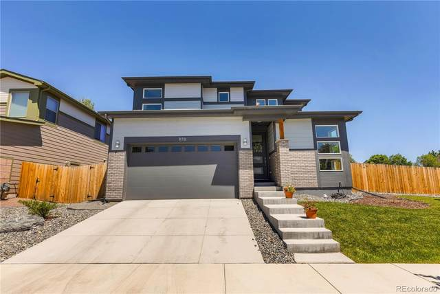978 Eaton Street, Lakewood, CO 80214 (#2802436) :: The DeGrood Team